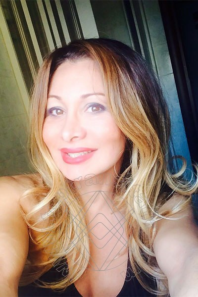 Foto selfie 42 di Izabelly Chloe Top Trans transex Brescia
